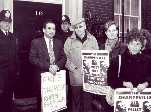 MPs accompany City Group activists to Downing Street for the Sharpeville Six (Photographer: Jon Kempster)