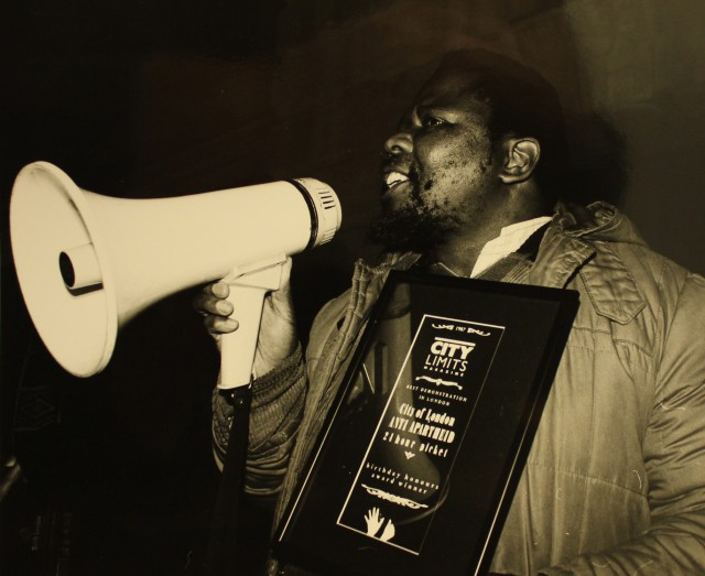 Zolile Keke presents the Non-Stop Picket with 'Best Demo' award, December 1987 (Source: City Group)