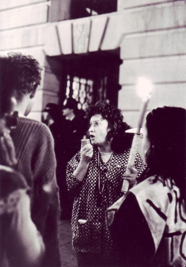 Norma Kitson speaks on the Non-Stop Picket (Photographer: Jon Kempster)